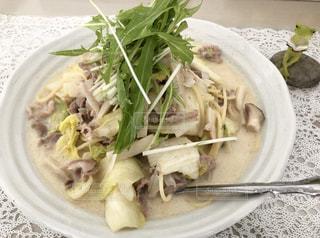 豚肉と白菜と水菜のスープパスタの写真・画像素材[2146889]