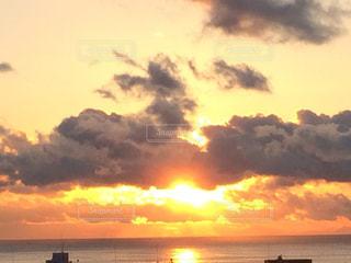 夕日の写真・画像素材[2147608]