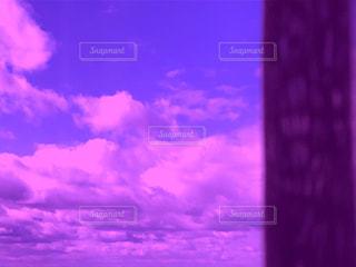 ピンク色の空の写真・画像素材[2956011]