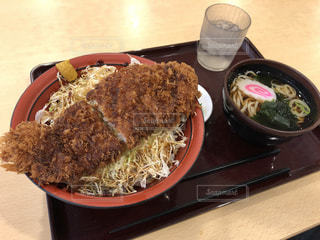 茨城空港内でソースカツ丼の写真・画像素材[2159114]