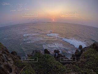 東平安名崎からの朝焼けの写真・画像素材[2204173]