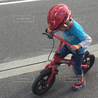 キックバイクの写真・画像素材[2156906]