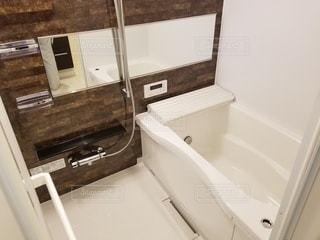 バスルームの写真・画像素材[2154773]