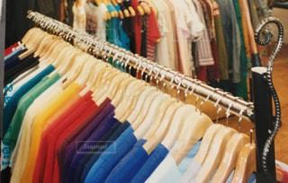 古着屋Tシャツの写真・画像素材[2158851]