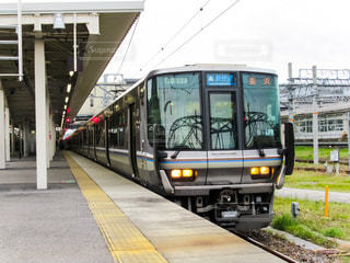 JR西日本223系電車の写真・画像素材[2160443]