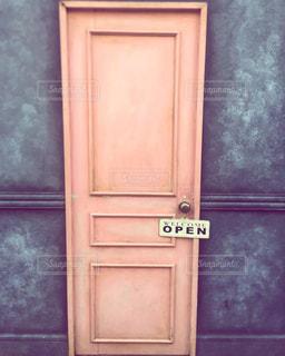 不思議の国のアリスの入り口の写真・画像素材[2697666]