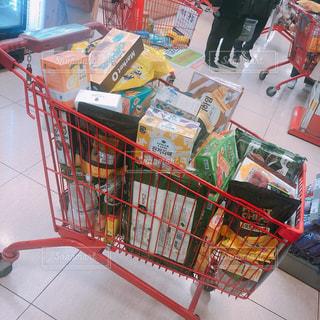 ショッピングカートの写真・画像素材[2163791]