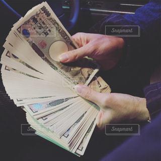 お金の写真・画像素材[2166871]