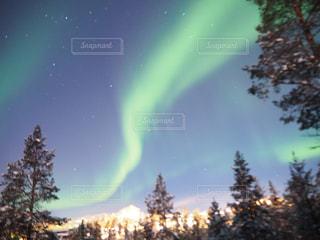 空に虹の写真・画像素材[1155833]