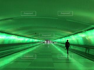 近未来的な通路の写真・画像素材[2224917]