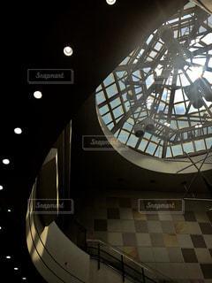 天窓からの空の写真・画像素材[2324032]