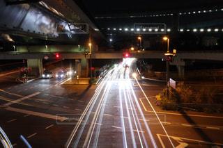 高速道路 光跡写真の写真・画像素材[2173355]