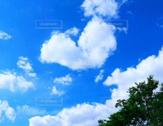 ハートの雲♡の写真・画像素材[2173394]