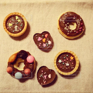 バレンタインの手作りチョコレートの写真・画像素材[2175060]