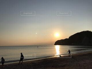 サンセットビーチの写真・画像素材[3708427]