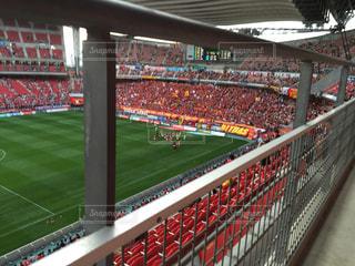 人でいっぱいのスタジアムの写真・画像素材[2186029]