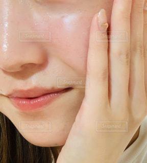 ハリツヤ肌の写真・画像素材[2200394]