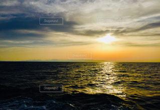 豊予海峡から臨む夕焼けの写真・画像素材[2187225]