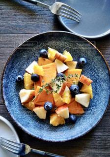 フルーツサラダの写真・画像素材[2241715]