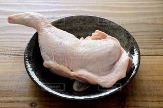 鶏もも肉の写真・画像素材[2308401]