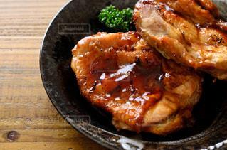 鶏の照り焼きの写真・画像素材[2398163]