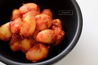 ニンニクの味噌漬けの写真・画像素材[2453444]