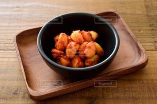 ニンニクの味噌漬けの写真・画像素材[2453446]