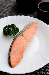 鮭の塩焼きの写真・画像素材[2509816]
