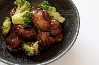 砂肝とブロッコリーの炒め物の写真・画像素材[2653847]