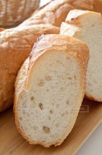 フランスパンの写真・画像素材[3126217]