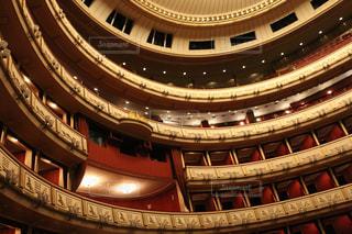 ウィーンのオペラ座でオペラ鑑賞の写真・画像素材[2243545]