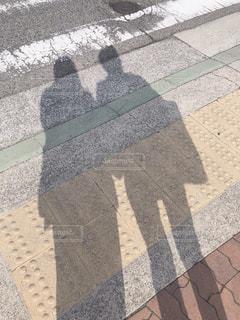 2人の影の写真・画像素材[2203416]