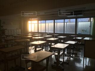 放課後の教室の写真・画像素材[2193237]