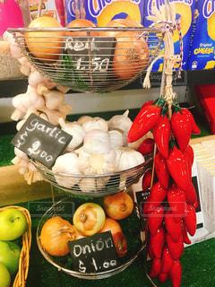 果物と野菜スタンドのグループの写真・画像素材[2197875]