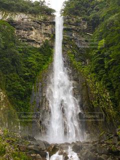 那智の滝の写真・画像素材[2408004]