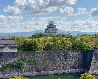大阪城を眺めての写真・画像素材[3736684]