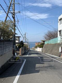 海の坂道の写真・画像素材[2206053]