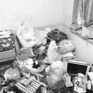 断捨離で出たゴミの写真・画像素材[2196040]