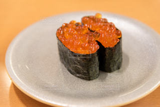 いくらのお寿司の写真・画像素材[2245730]