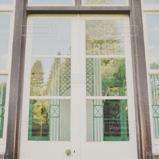 窓の写真・画像素材[140139]