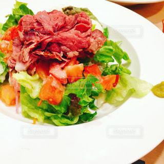ローストビーフ丼の写真・画像素材[740679]