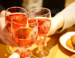 サイゼリヤ飲み会の写真・画像素材[986924]