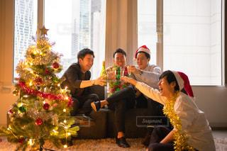 男だらけのクリスマスパーティーの写真・画像素材[2739132]