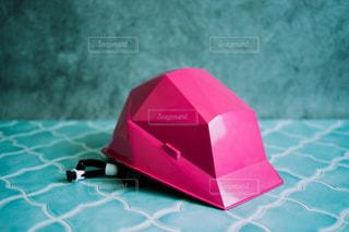 ピンクのヘルメットの写真・画像素材[3313494]