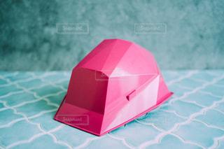 ピンクのおしゃれなヘルメットの写真・画像素材[3313496]