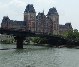 水域を渡る橋の写真・画像素材[2280429]