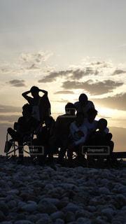 浜辺の人々のグループの写真・画像素材[2209268]