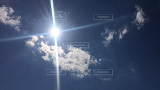 空の雲の写真・画像素材[2215111]
