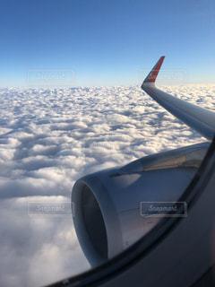 窓からの景色の写真・画像素材[2213572]