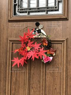 秋の玄関飾りの写真・画像素材[2758675]